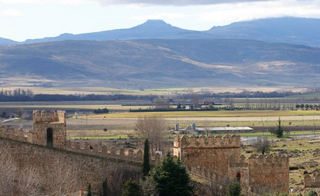 Section IV with the Amblés Valley in the background